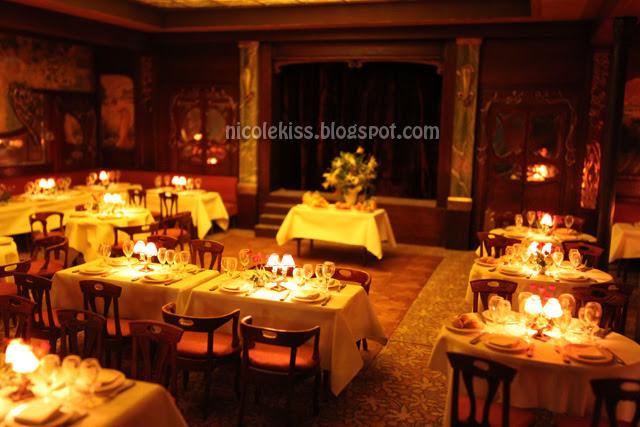 mini paris maxim restaurant