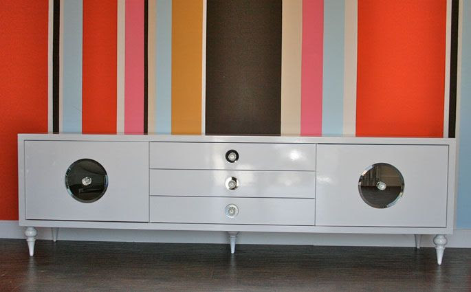 Wall paint ideas for office.
