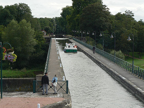 pont canal.jpg