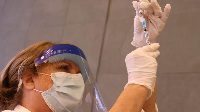 В США одобрена вакцина от коронавируса производства Moderna