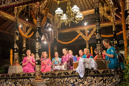 Indonesia 7 February: Ubud, Bali  The Sri Chinmoy OnenessHome Peace Run