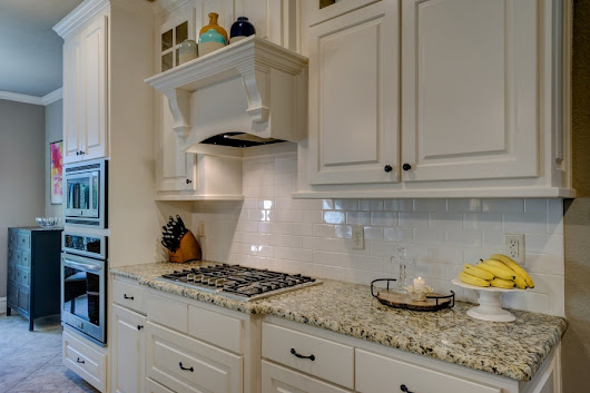 How to Choose the Best Kitchen Countertop Based 0n 6 Key Variables - Realty Times