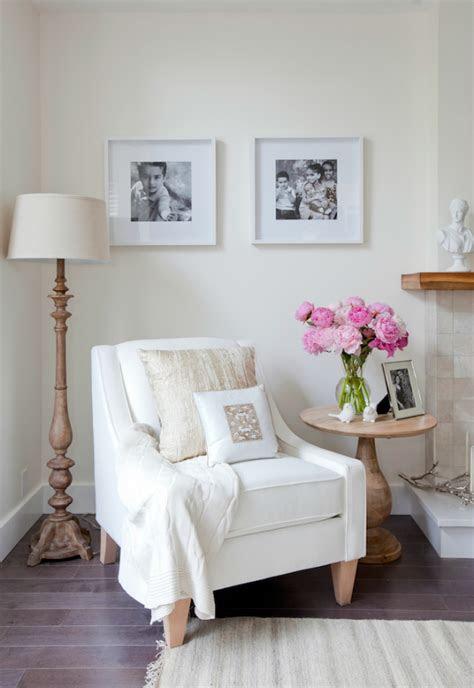 beautiful white chair designs   simple  elegant