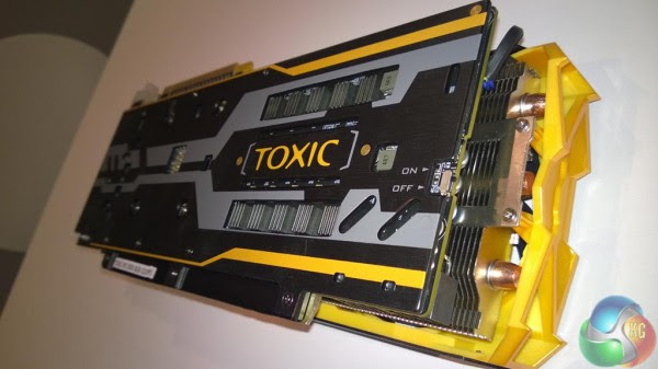 Sapphire Radeon R9 290X TOXIC (2)