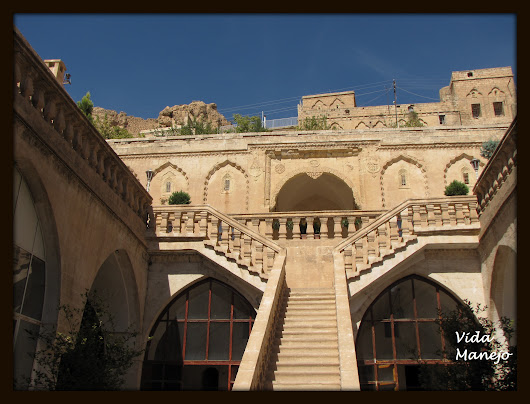 Hidden architecture of an unknown city Mardin