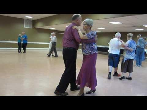 At Busy B S Square Dance Club 05 Lou Torti Cues Quot Dancing