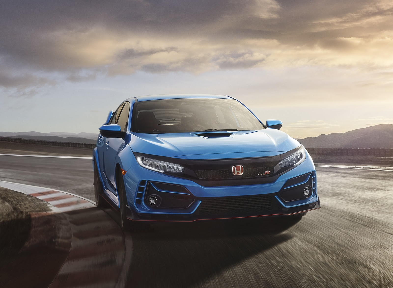 2020 Honda Civic Type R Wallpapers 32 Hd Images Newcarcars