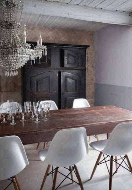 A room of contrasts. Blending of old & new, modern & traditional, rustic & refined...