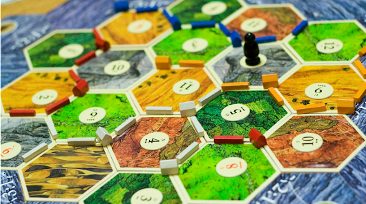 The Best Tabletop Games For Parties | Geek and Sundry