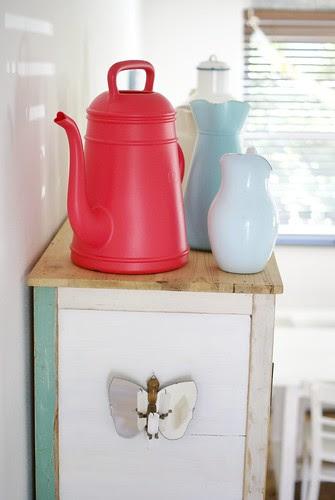 upper jugs by wood & wool stool