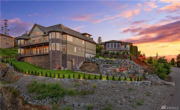 Expansive Western Views Of Skagit Valley Washington Luxury Homes Mansions For Sale Luxury Portfolio