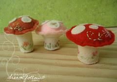 little mushroom pincushions