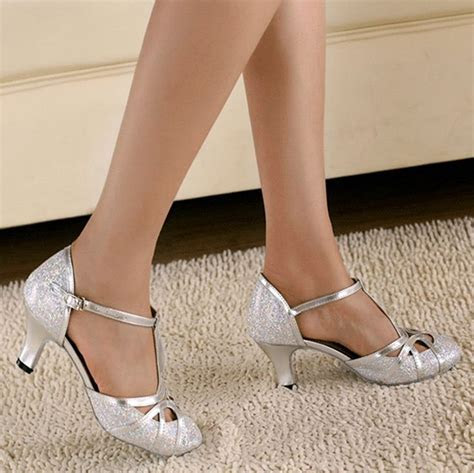 Minishion QJ6133 Womens Kitten Heel Silver Glitter Salsa