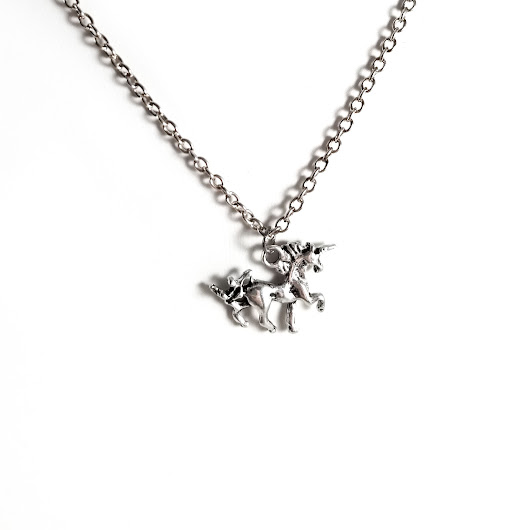 Dainty Silver Unicorn Necklace