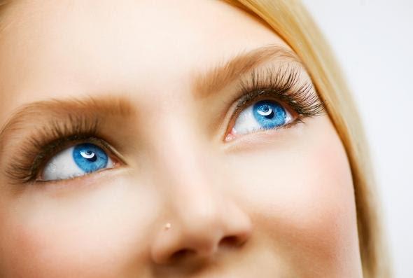 Mit Der Wimpernwelle Zum Perfekten Augenaufschlag Artikelmagazin