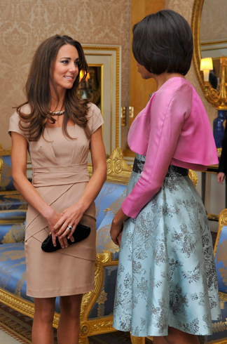 Kate Middleton meeting Michelle Obama wearing nude dress