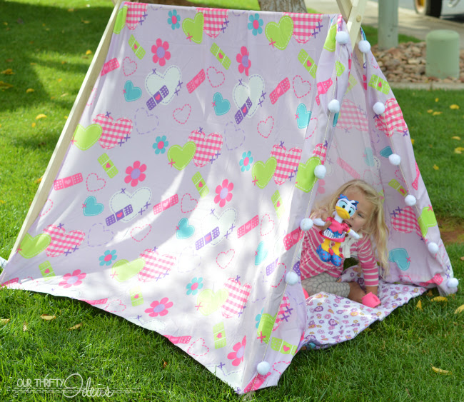 Diy Tent A Slumber Party Idea Our Thrifty Ideas