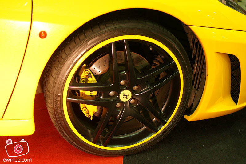 BUMBLE-BEE-FERARI-rims
