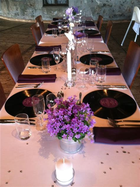 Music themed wedding table decor in Norway.   Entertaining