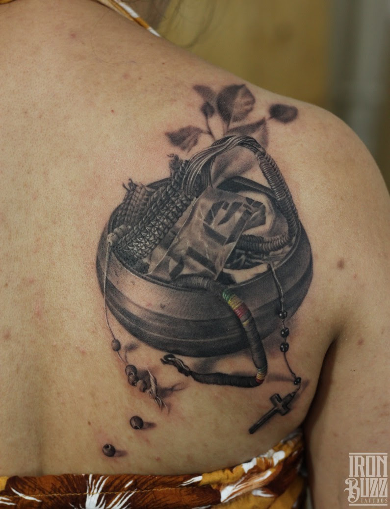 Realistic Tattoos By Eric Indias Best Tattoo Artists Designers