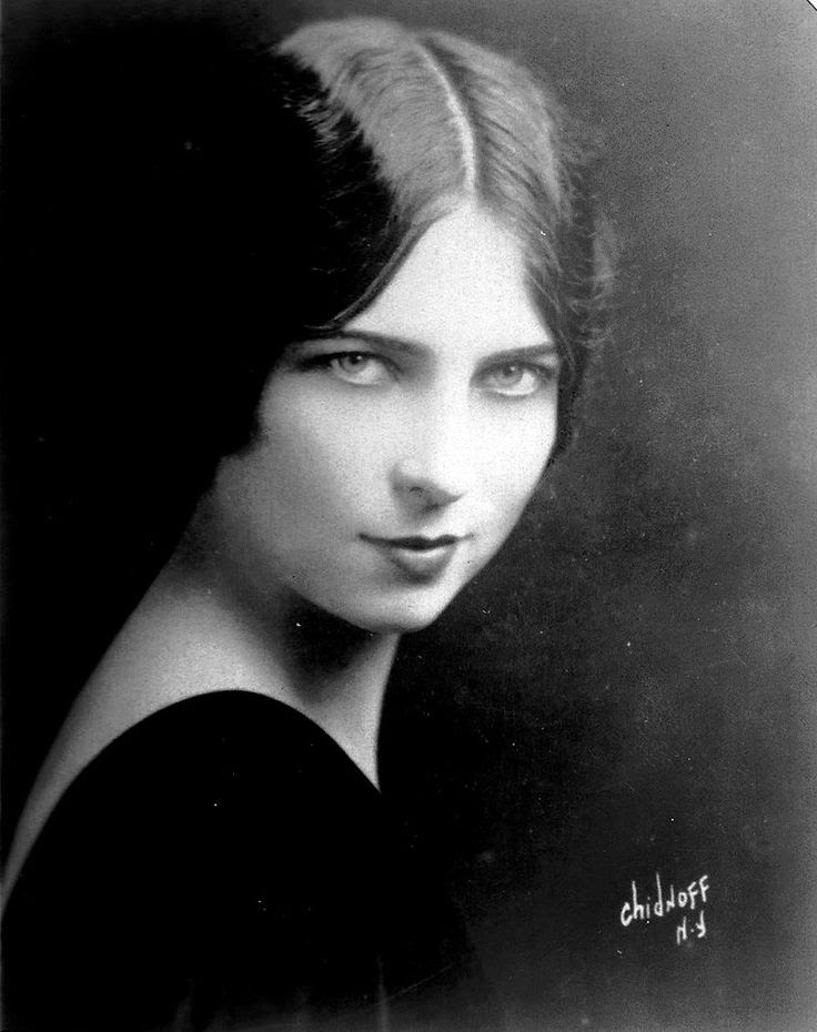 "AGNES MOOREHEAD - A stunning beauty in her youth; the captivating mother in law in ""Bewitched"""