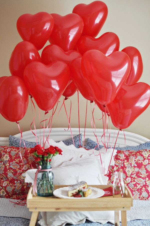Make a show-stopping breakfast in bed surprise with our #burtonandburton red, heart-shaped latex balloons. #balloon