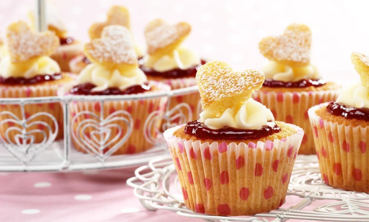 photo recipe-victoria-sponge-cup-cake-1_zpsjw9rjmc2.jpg
