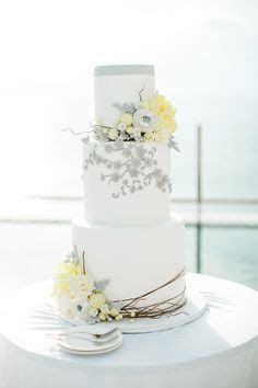 Best 25  Grey wedding cakes ideas on Pinterest