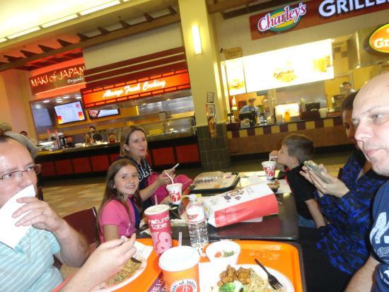 photo0.jpg - Picture of Altamonte Mall, Altamonte Springs ...