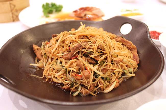 Rice Vermicelli with Shredded Duck
