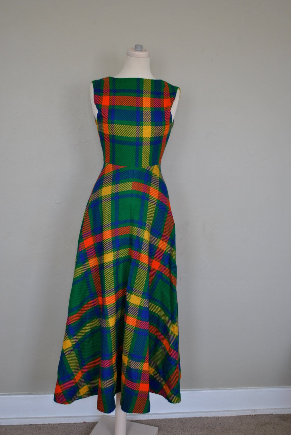 1950s Tartan Dress / 1950s Dress / Maxi Tartan Plaid Dress / 1950s Maxi Dress / Bright Plaid Dress XS Small