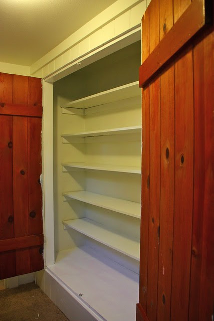 Linen Closet before painting