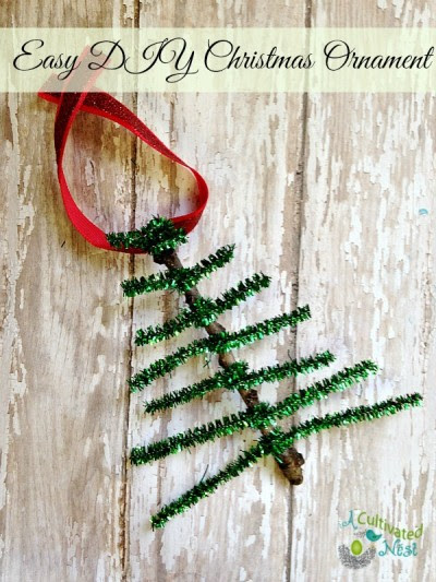 Pipe Cleaner Christmas Tree Ornament Craft-DIY Christmas Craft