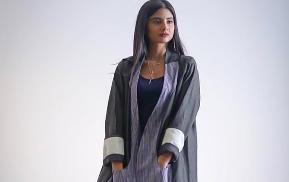 37d2a8fa5 عبايات بألوان دافئة تألقي بها في شتاء 2019 - صور ازياء ومكياج وفساتين