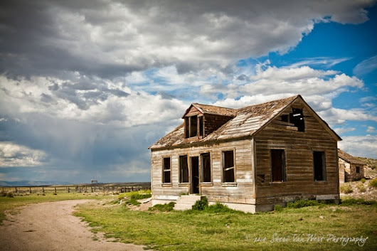 Old Ranch House Photograph Nevada Travel by sherivwphotography