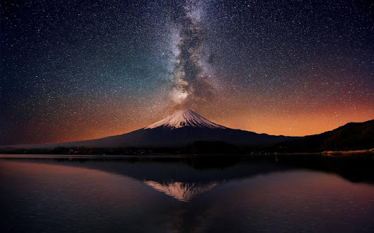 MY NAME IS NOT PABLO : Mt. Fuji and the Milky Way. Photoshopped? Have no...