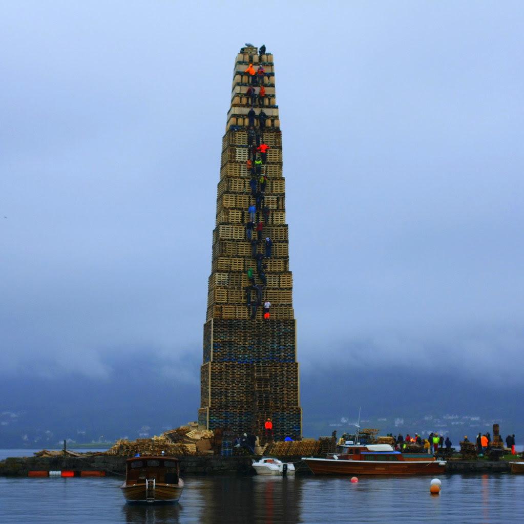Slinningsbålet, Verdens høyeste 38 m