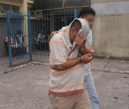 Ed Santos/Acorda Cidade   Momento em que Zaqueu estava indo fazer exame de corpo e delito