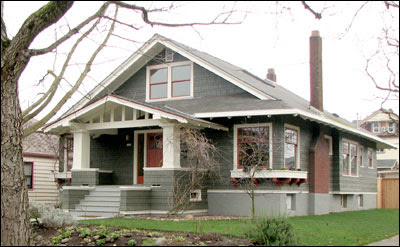 Bungalow Architecture - What is Bungalow style? - Small house ...