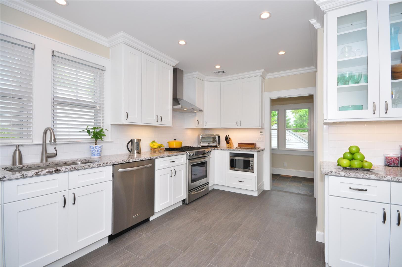 Aspen White Shaker - Ready To Assemble Kitchen Cabinets ...