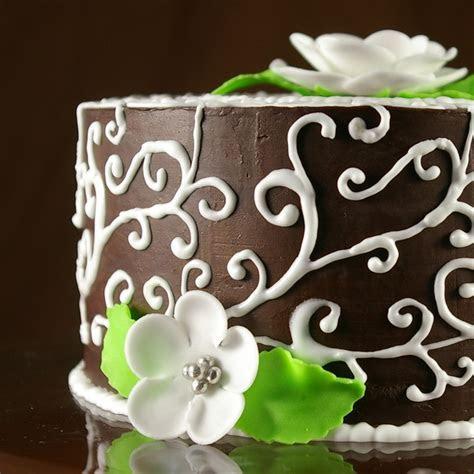 Pretty Wedding Anniversary Cake Gluten Free Chocolate Cake
