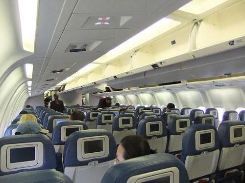 Travelrewards Delta 767 300 Cabin Interior