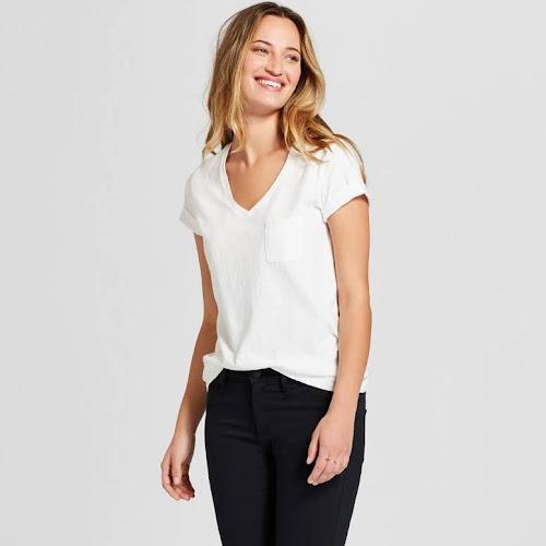 Women's Monterey Pocket V-Neck Short Sleeve T-Shirt - Universal Thread White XXL