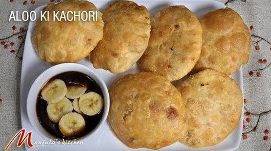 aloo ki kachori fried puffed bread with potato stuffing recipe by manjula - Manjulas Kitchen 2