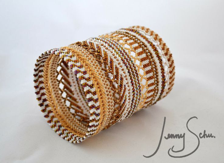 Jenny Schu's Beads, Yarn and Other Sundries: Pattern Play Bangle 2: Gold and White