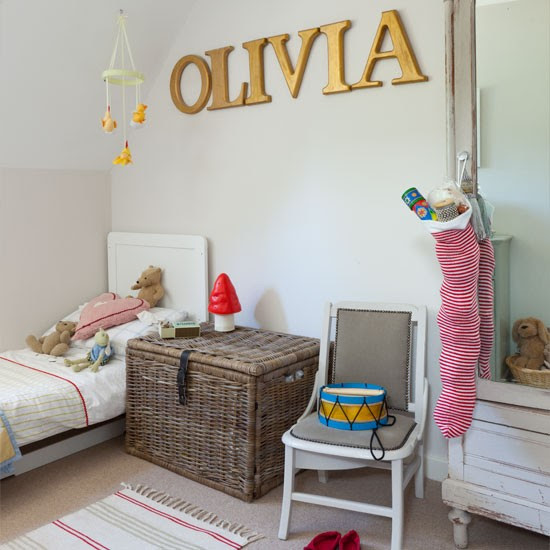 Traditional girl's bedroom | Childrens room | Homes & Gardens | IMAGE | Housetohome.co.uk