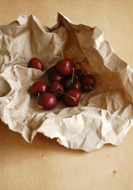 Cherry, pistachio and marzipan cake / Bolo de marzipã, pistache e cereja