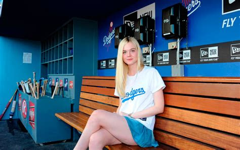 elle fanning actress feet skirt cheerleader hd wallpaper