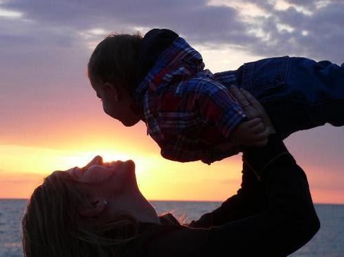 http://www1.sulekha.com/mstore/preethakannan/albums/default/sunset-mother-child.jpg