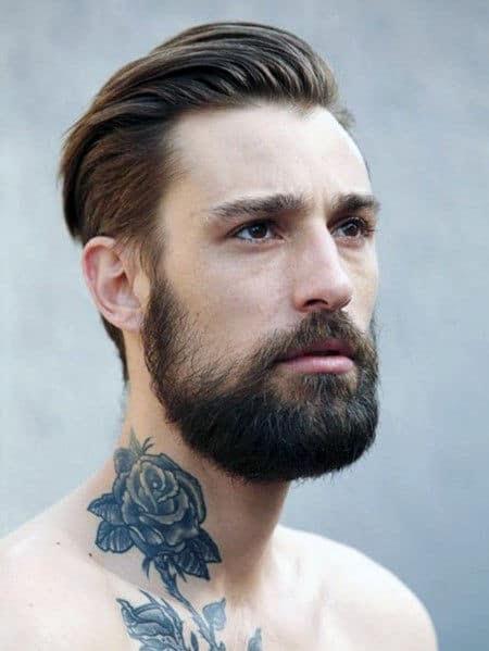 Tatuagens de pescoço rosa para homens